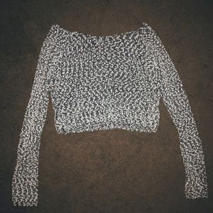 Speckled short cropped long sleeve sweater